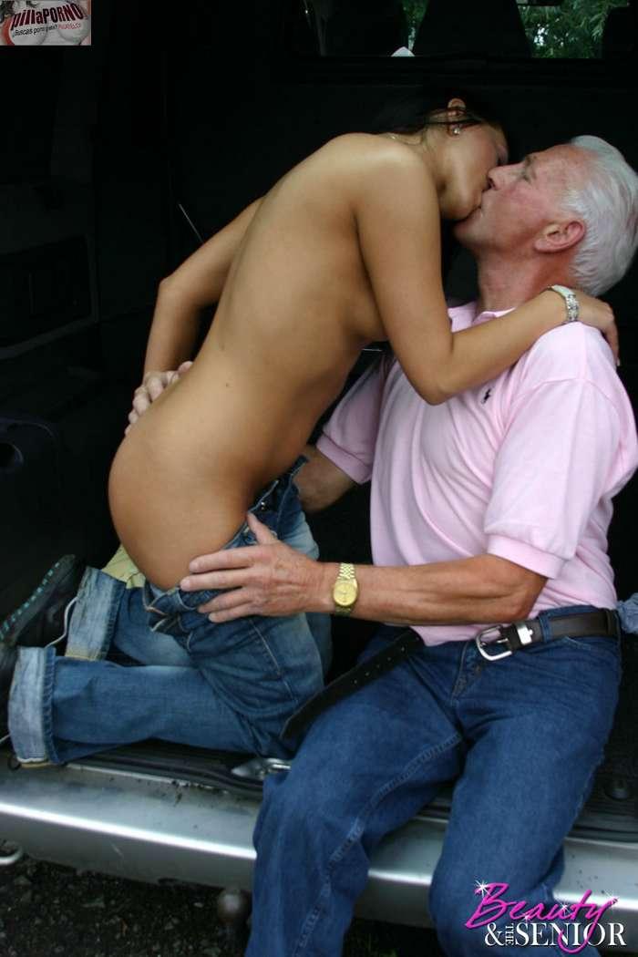 Ven abuelito, quiero enseñarte algo … - foto 5