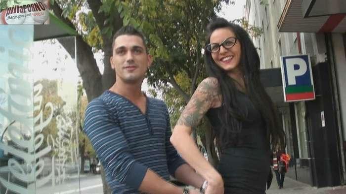 Raquel buscando sexo por las calles de Madrid - foto 4