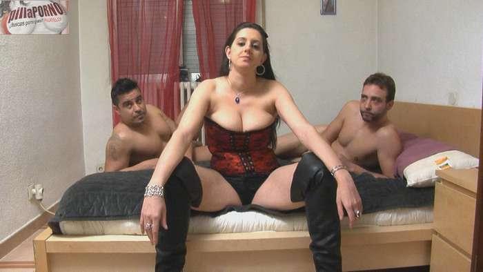 Sonia: virgen de culo en su 1ª doble penetración - foto 1