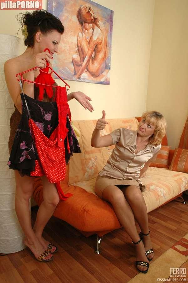Me gusta vestirme delante de mi madre - foto 1