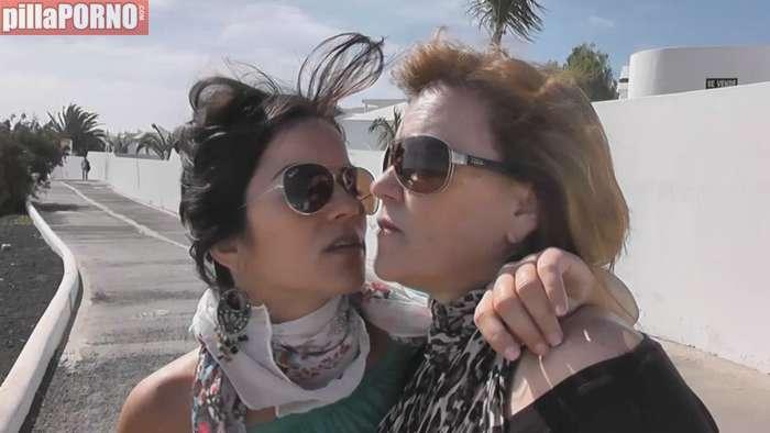 Incesto real: madre e hija follando juntas - foto 1