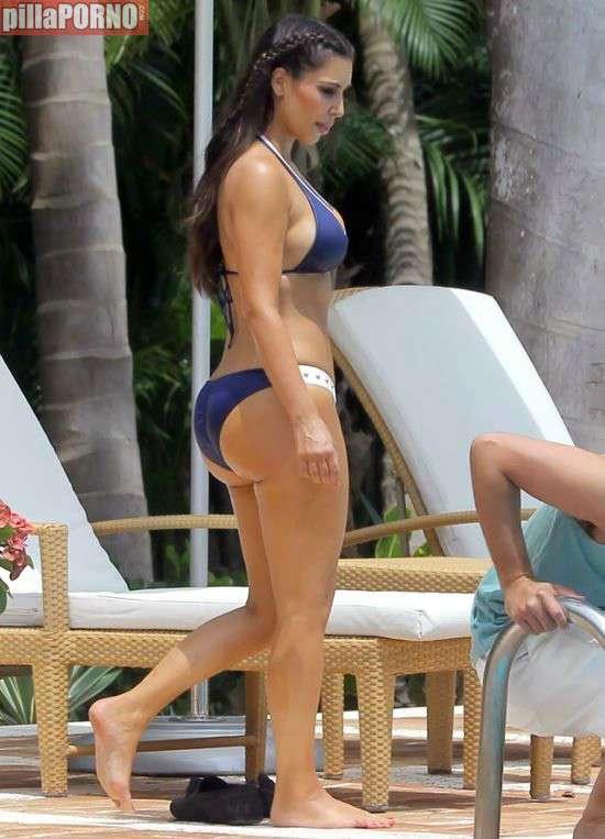Kim Kardashian y Kendall Jenner - foto 1