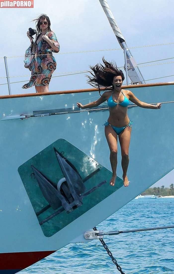 Kim Kardashian y Kendall Jenner - foto 10