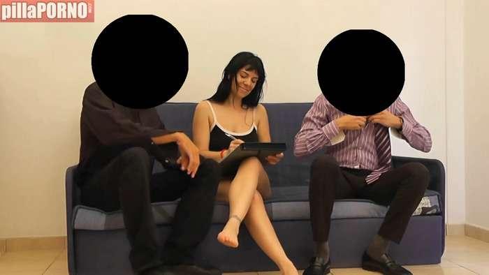 Se folla a dos testigos de Jehová y lo graba - foto 4