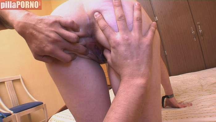 Una 'perroflauta' de 19 años se lanza al porno - foto 3