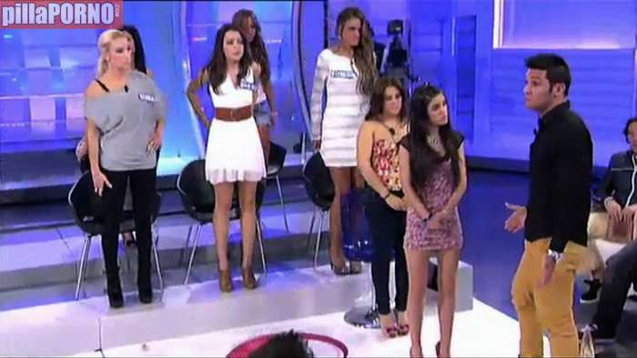 Escándalo en el programa de Tele 5 'MYHYV' - foto 1