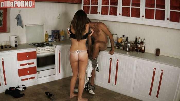 Pasada de copas se folla al amigo de su novio - foto 4