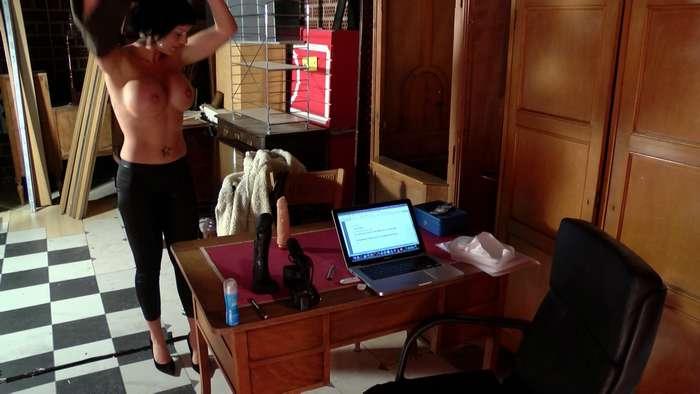 Leticia, madurita española buscando trabajo - foto 2