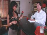 El camarero y la milf latina