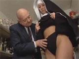 El alcalde del pueblo y la monja