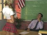 No entiende como el profesor la ha suspendido