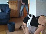 El culo de la señora de la limpieza le pone