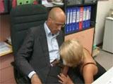 Porno en el despacho con mi jefe