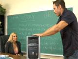 La profesora y el tecnico informatico
