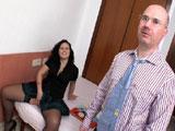 Alumna follandose a su maduro profesor casado