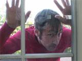 Espiando a la vecina por la ventana