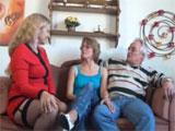 Matrimonio de jubilados en sú primer trio