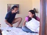 Porno mañanero con mi hermanastra