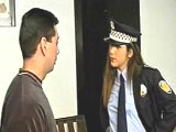 La cachonda agente de policia local