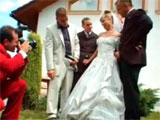 Los invitados se follan a la recien casada