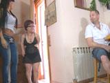 El debut porno de una enana española