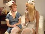 Dando la bienvenida a la nueva enfermera