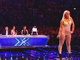 Imitando a Britney Spears en X-Factor