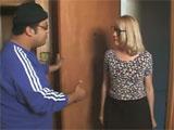 La viuda quiere que el vecino la eche un polvo