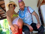 Se la folla borracha el dia de su cumpleaños