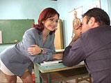 Profesora enamorada de uno de sus alumnos
