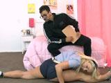 Porno con el profesor de gimnasia