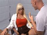 Los enfermeros se lian en una guardia