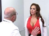 El viejo doctor y la enfermera novata