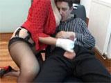 Mi mujer me masturba todas las tardes