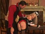 El mayordomo y la sirvienta se acaban enrollando