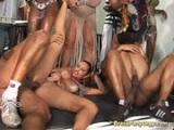 Brasileñas follando en una fiesta de carnaval