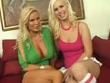 Cuando madre e hija quieren grabar porno juntas