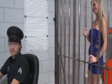 Prostituta pasa la noche en el calabozo