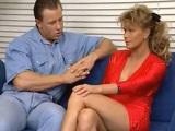 Madura se folla al marido de su vecina