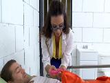 Follando con la doctora tetona