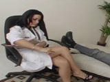 Follando con la psicóloga, menudas piernas….