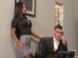 Follando con la secretaria, morenaza sensual