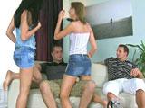 Las hermanas se intercambian los novios