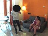 Vecinita madrileña follandose al portero