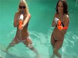 Molly Cavalli y Lily Love, dos cachondas teens