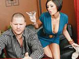Se juega un polvo con su mujer al poker